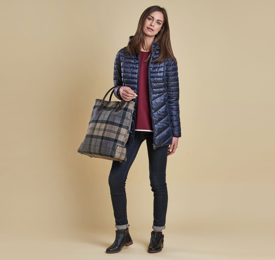 Barbour Linton Quilt Navy