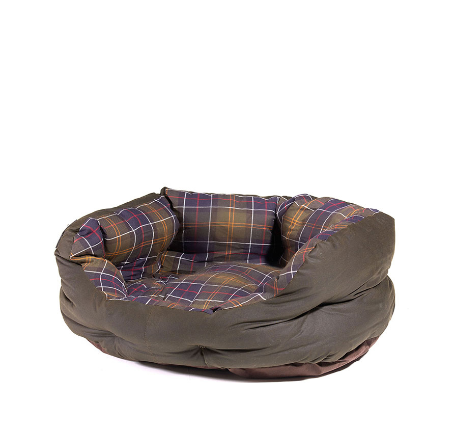 Barbour Wax Cotton Bed Medium