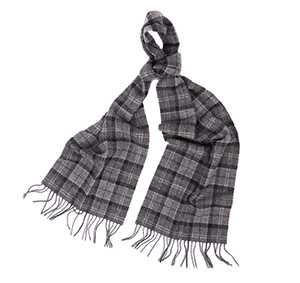 Barbour Barbour Tartan Lambswool Scarf Black Barbour Lifestyle: from the Classic Tartan capsule