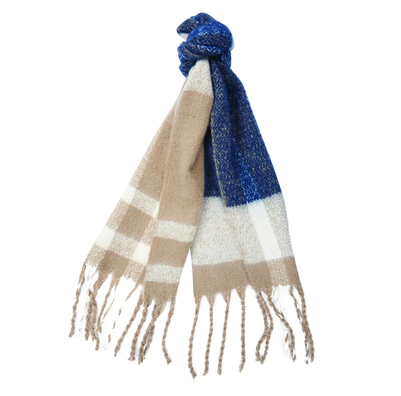 Barbour Isla Tartan Boucle Scarf Barbour Lifestyle: From the Winter Tartan collection